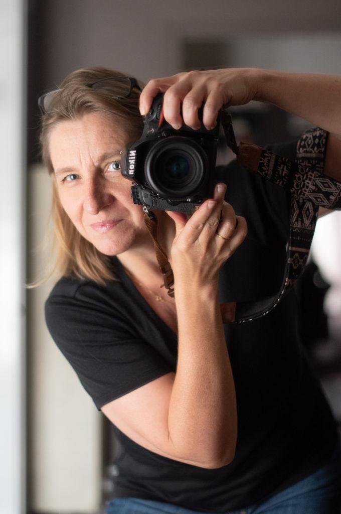 Véronique Taupin Photographe Portraitiste dans son studio parisien